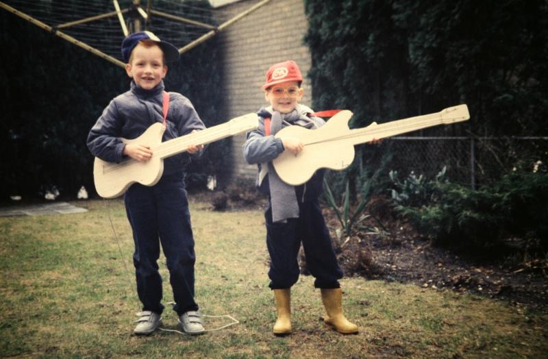 Zuydervelt+Brother-by Rob Zuyderve;t